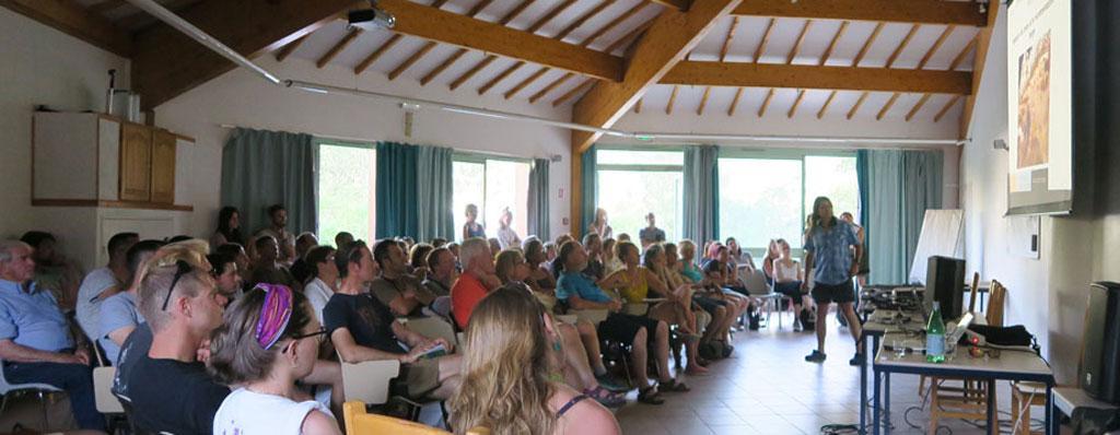 Conférence Chiens de protection -Briançon - juin 2019 - © C.Gondre - Parc national des Écrins