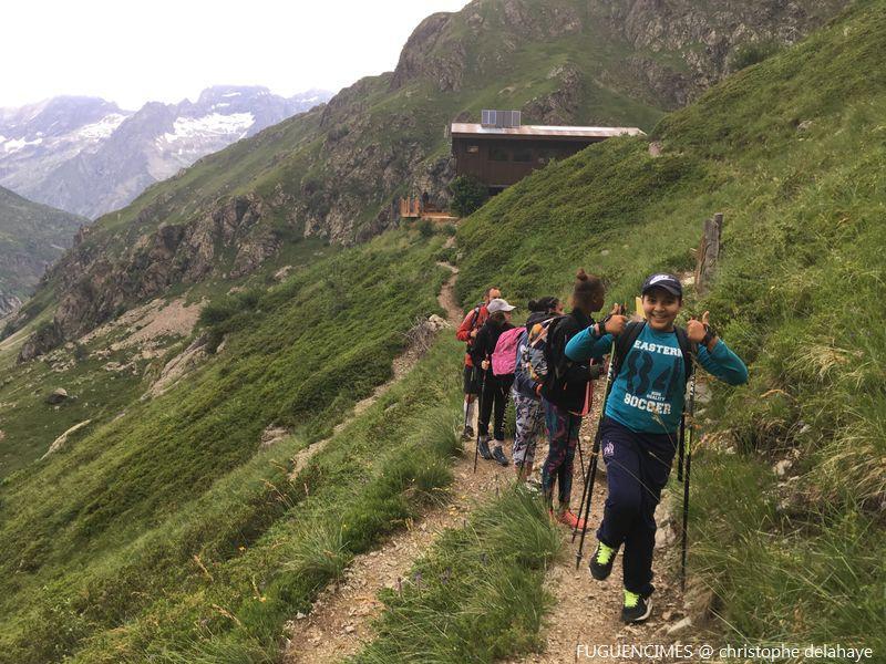 Jeunes au sommet - juillet 2019 Valgaudemar - © FUGUENCIMES  Christophe Delahaye