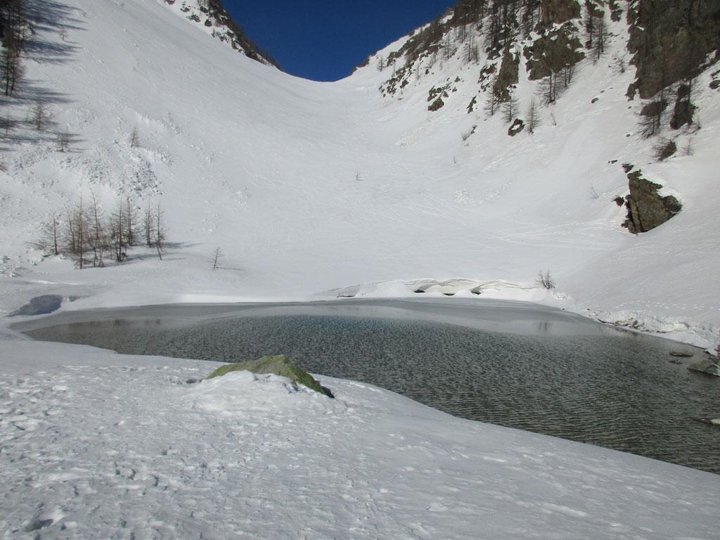 Lac de la douche en eau à la mi-février 2020 © Jean-Pierre Bergeon - Parc national des Écrins