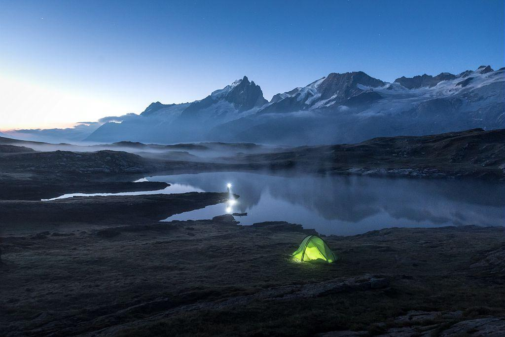 Bivouac à Emparis - photo Carlos Ayesta - Parc national des Ecrins