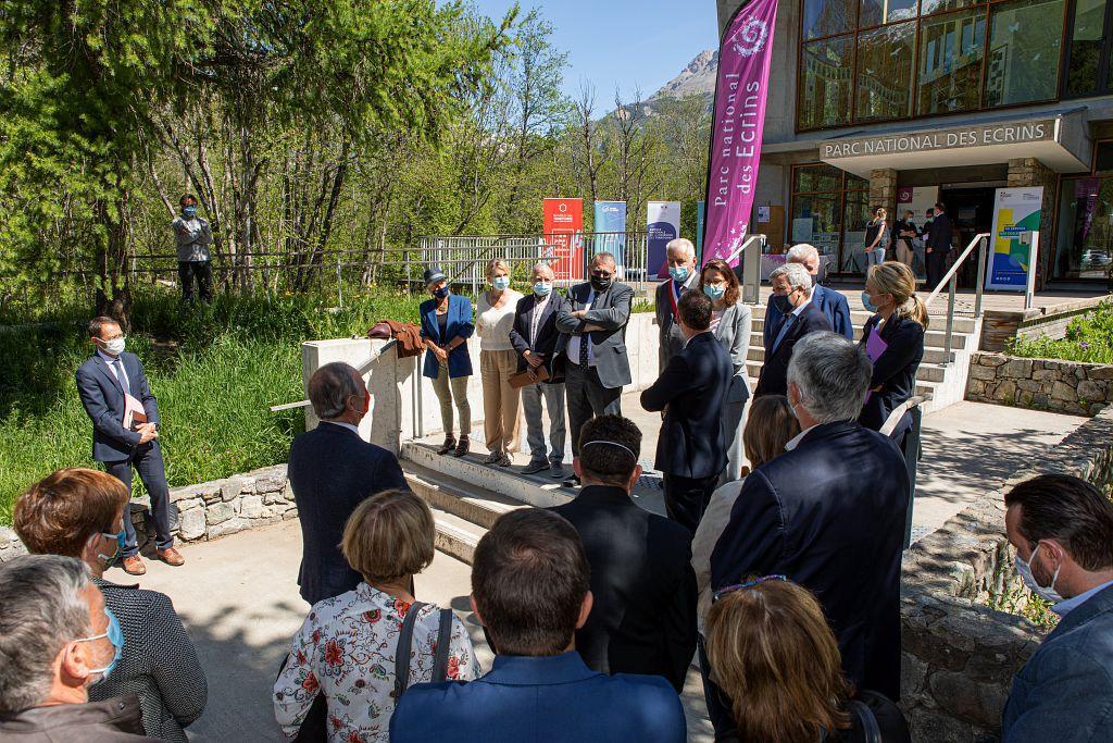 Inauguration du parking et du sentier d'interprétation de la maison du parc de Vallouise par Joël Giraud - © T. Maillet - PNE