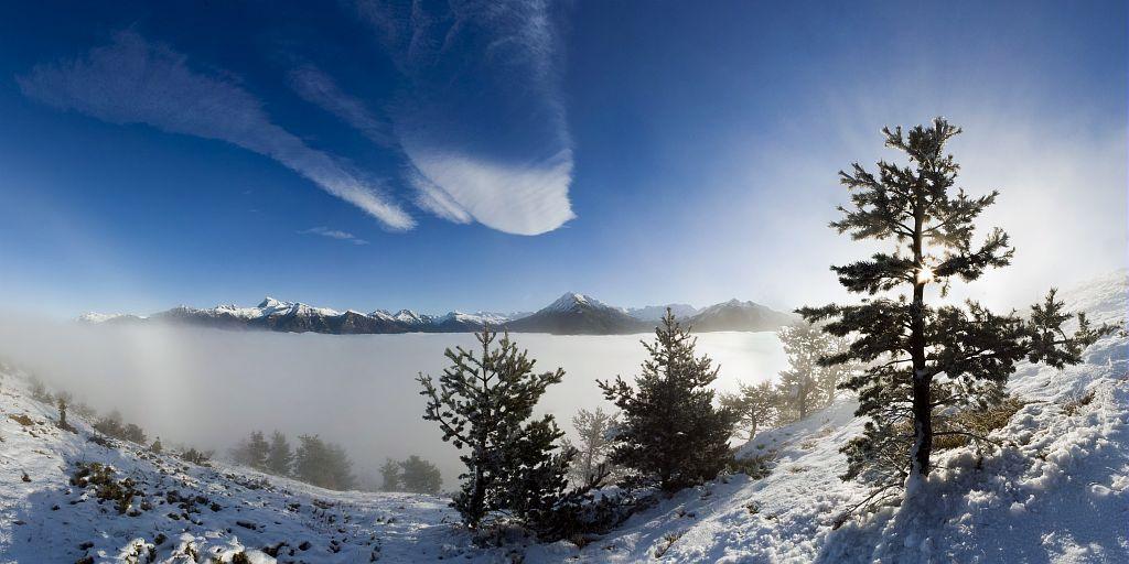 Du puy de Manse - panorama hivernal du Vieux Chaillol aux Autanes © Pascal Saulay -Parc national des Ecrins