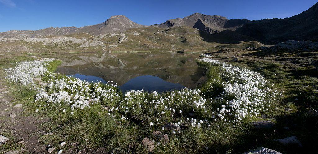 Lac des jumeaux © Marc Corail - Parc national des Ecrins