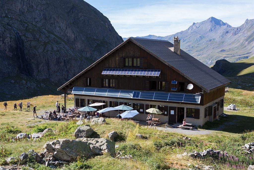 Refuge de l'Alpe de Villar d'Arène © P. Saulay, PNE