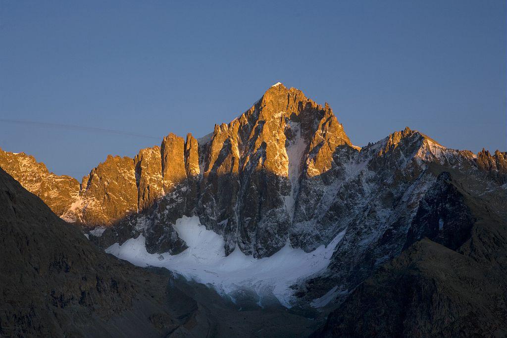 Face NW (Nord-Ouest) des Ecrins pris de la tête de la Maye - glacier et vallon de Bonne Pierre © Pascal Saulay - Parc national des Ecrins