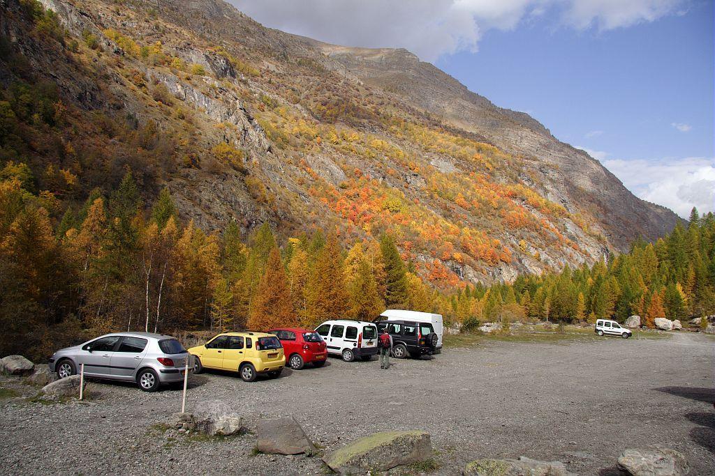 Parking accès Dormillouse - Freissinières © JP Telmon - Parc national des Ecrins