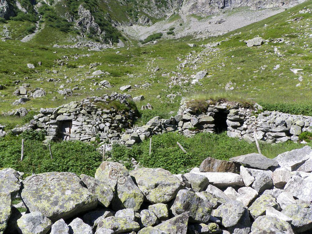 les six cabanes (vallée du Valgaudemar)  © Richard Bonet  - Parc national des Ecrins