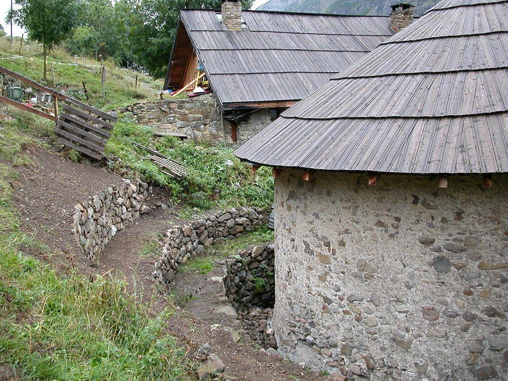 Travaux - Temple de Dormillouse ©Stéphane D'Houwt - Parc national des Ecrins