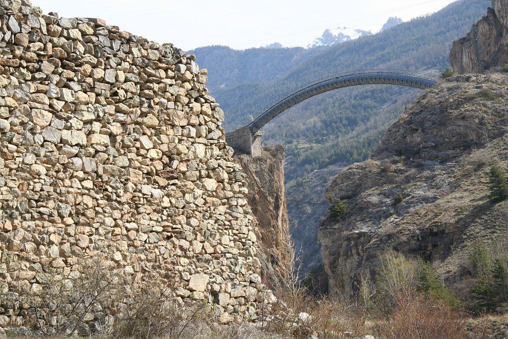 Mur des Vaudois - Les Vigneaux ©Jean-Philippe Telmon - Parc national des Ecrins