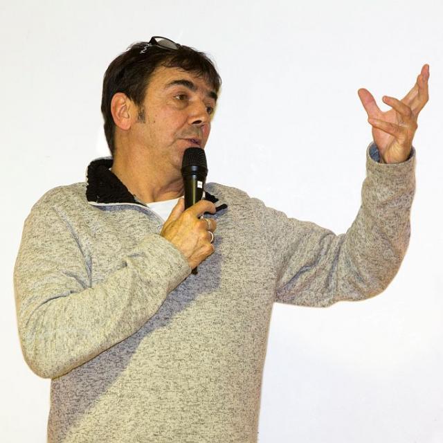 Claude Andrieux, réalisateur, lors de l'assemblée générale des personnels du Parc national des Ecrins