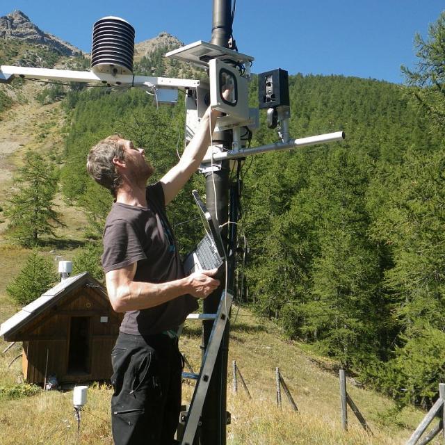 Station MERA - données météo et pollution de l'air et phénologie - © Clotilde Sagot - Parc national des Ecrins