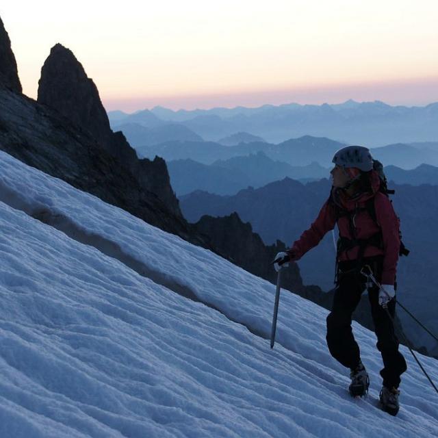 Alpinisme -  Grande Ruine - glacier supérieur des Agneaux - © Ludovic Imberdis - Parc national des Ecrins
