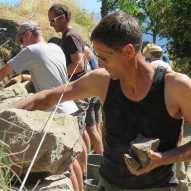 loys Ginoul - une pierre sur l'autre