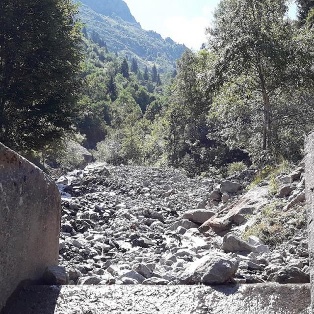 Rive gauche sentier lauvitel rétabli - 2 août 2018 © Parc national des Écrins