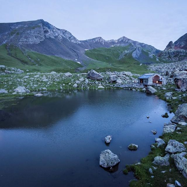 Refuge de Vallonpierre - © C.Ayesta -   Parc national des Ecrins