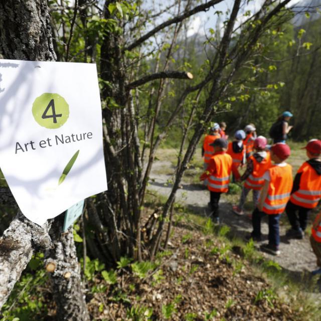 Art et nature - scolaires -Ecrins de nature 2019 - Vallouise - photo P.Saulay - Parc national des Ecrins
