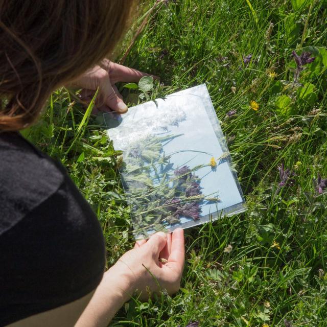 Estelle Chrétier en juin à l'Alpe de Villar d'Arène - © L'envers des pentes