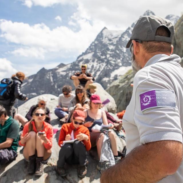conférence de presse au pied du glacier Blanc - juin 2019 - photo Thibaut Blais