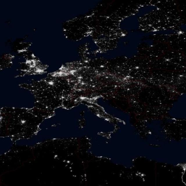 image satellite nuit -lumière 1992