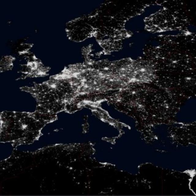 image satellite nuit -lumière 2010