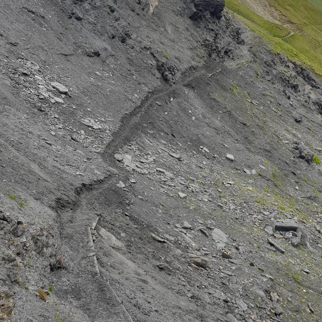 Après travaux - ouverture sentier crevasses - juin 2020 - photo E.vannard - Parc national des Ecrins