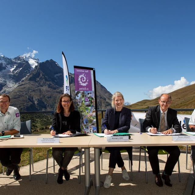 Bérangère Abba, Madame la Préfète des Hautes-Alpes, Parquet de Gap, Pierre Commeville et OFB - Thierry Maillet (c) Parc national des Ecrins