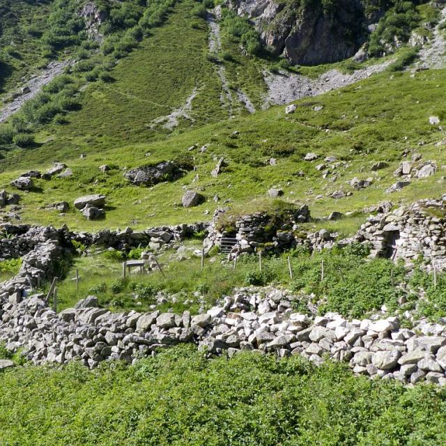 Les six cabanes ©Richard Bonet - Parc national des Ecrins