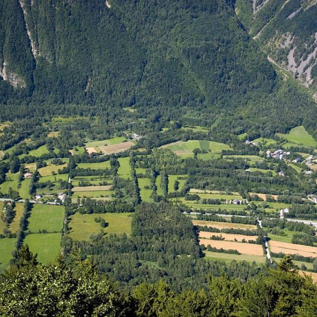 Plaine de Bourg d'Oisans © Pascal Saulay - Parc national des Ecrins