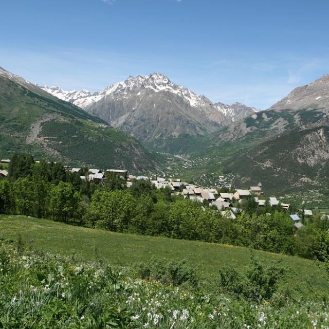 Puy Saint-Vincent - hameau du Pré ©Nicolas Marie-Geneviève - Parc national des Ecrins