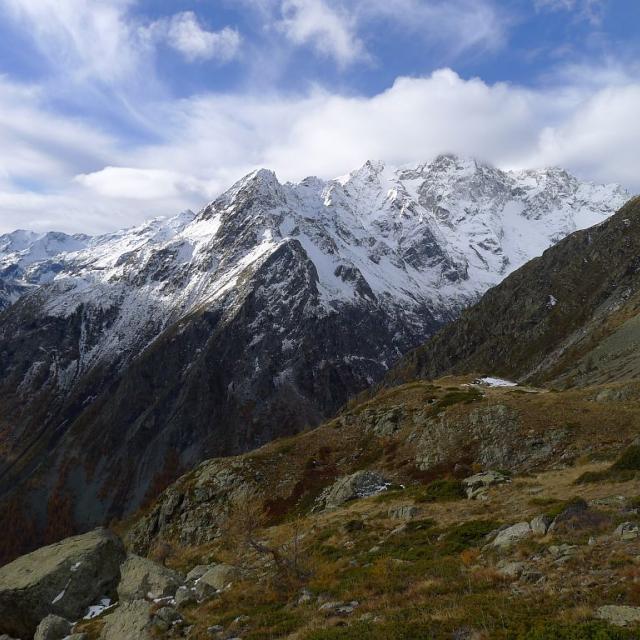 Vue depuis Rascrouset vers le pic de Bonvoisin à l'automne ©Thierry Maillet - Parc national des Ecrins