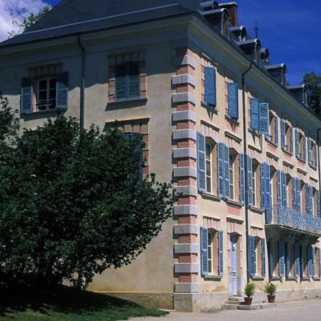 Le chateau de Charance, siège du Parc national des Ecrins