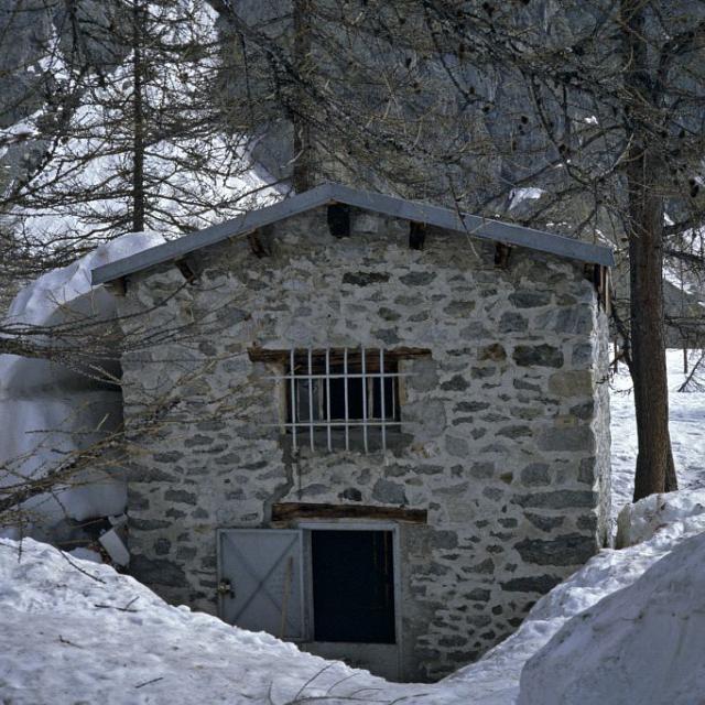 Le refuge Cézanne sous la neige © Parc national des Ecrins