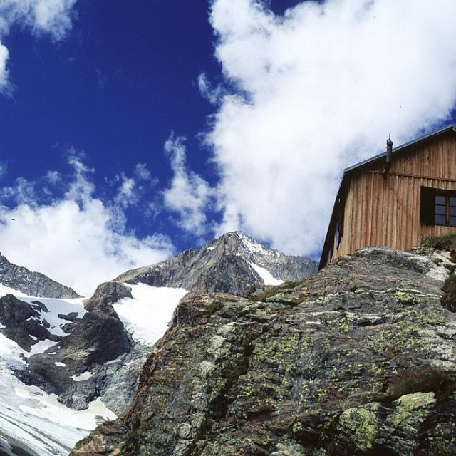 Le refuge du Sélé rénové en 2000 © Jean-Pierre Nicollet - Parc national des Ecrins