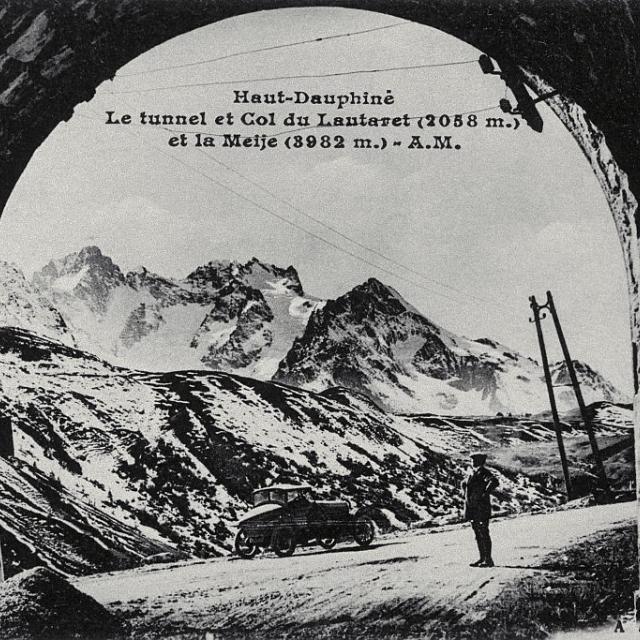Le tunnel et Col du Lautaret (2058m) et La Meije ( 3982m) - Collection Parc national des Ecrins