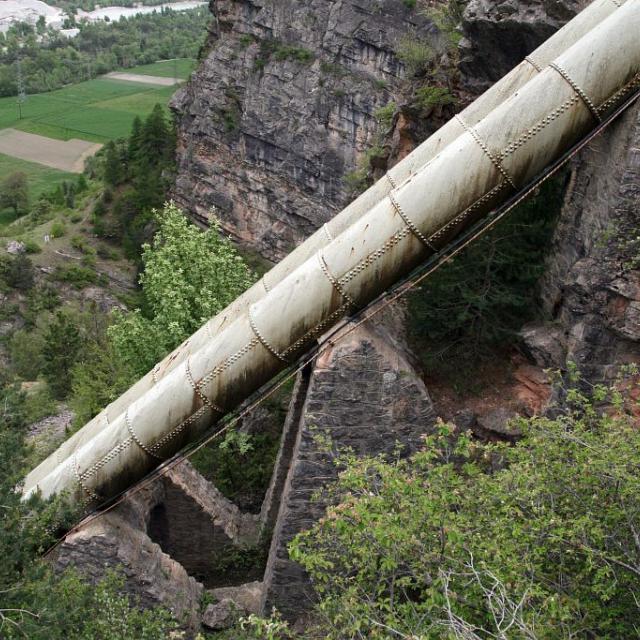 Conduite forcée du Gouffre de Gourfouran Rama - Champcella © Marie-Geneviève Nicolas - Parc national des Ecrins
