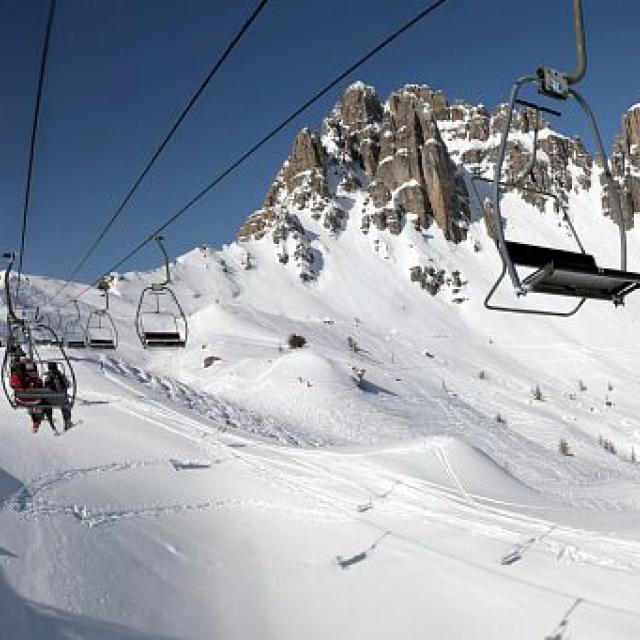 Station de ski de Réallon sous les aiguilles de Chabrières © Mireille Coulon - Parc national des Ecrins